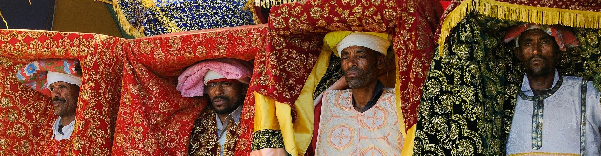 voyage photo peuples et traditions christophe boisvieux header
